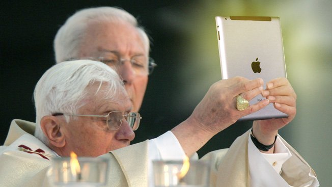 pope sells iPad